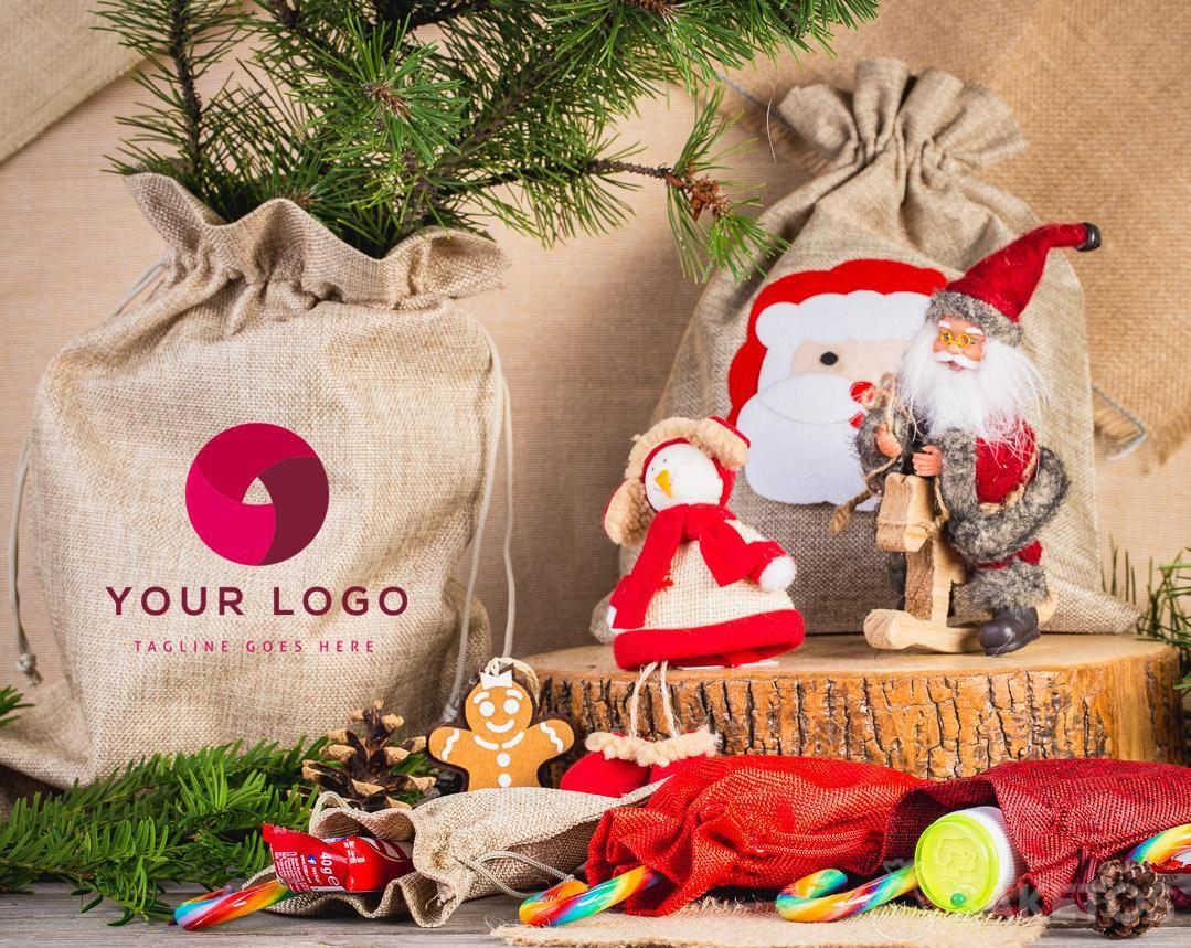 Stoffbeutel sehen als Weihnachtsgeschenkverpackung elegant aus