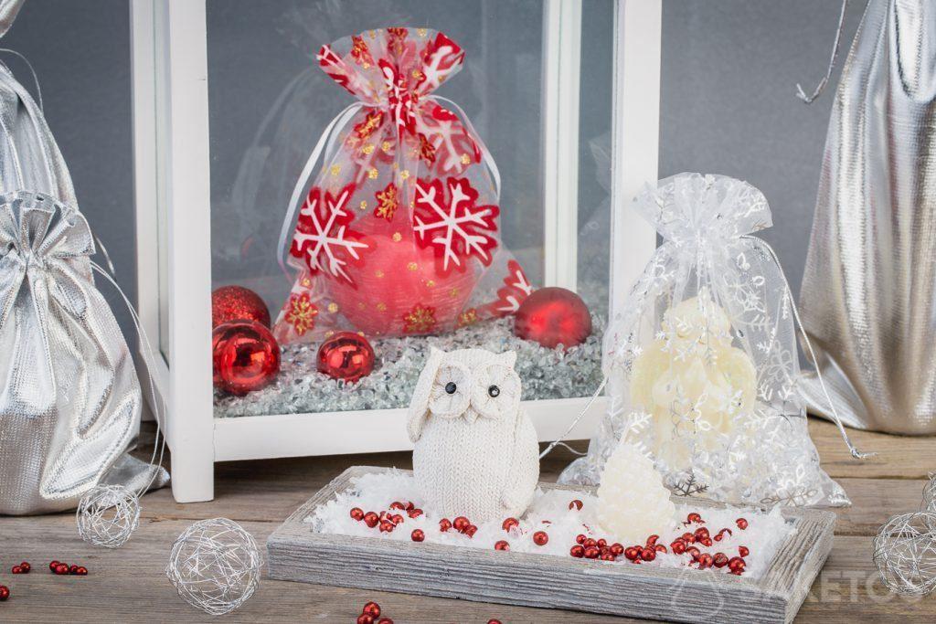 Weihnachtsbeutel passen perfekt zum Weihnachtsschmuck