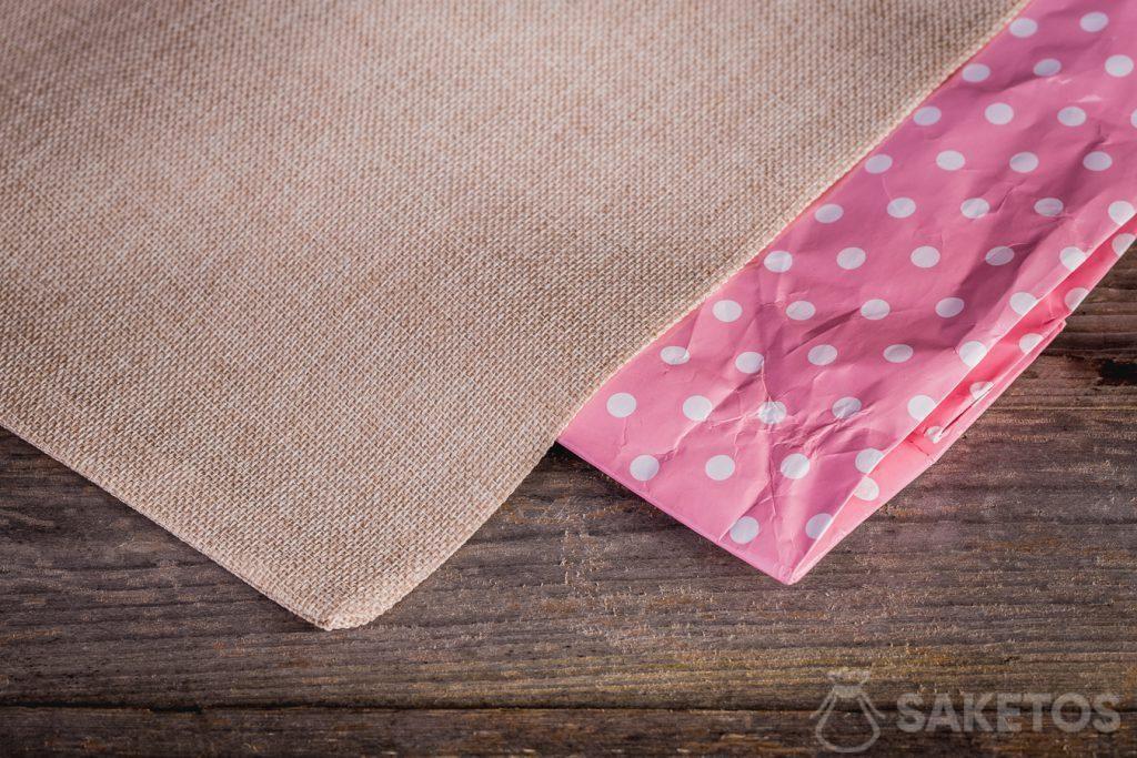 Stoffbeutel haben den Vorteil, dass sie nicht so schnell verbraucht werden wie Papiertüten