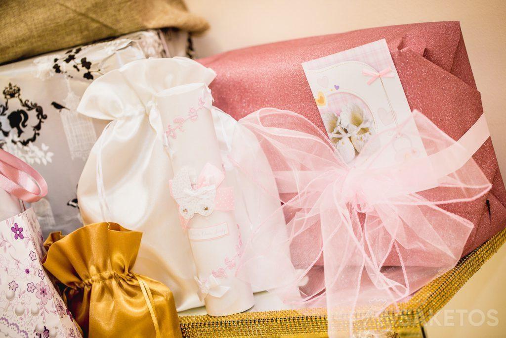 Beutel eignen sich perfekt zum Verpacken von Geschenken, beispielsweise zur Taufe