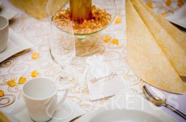 1. Satinbeutel mit Aufdruck als ein Dankeschön an Hochzeitsgäste