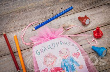Lorbeer für Großeltern in einer Tüte verpackt