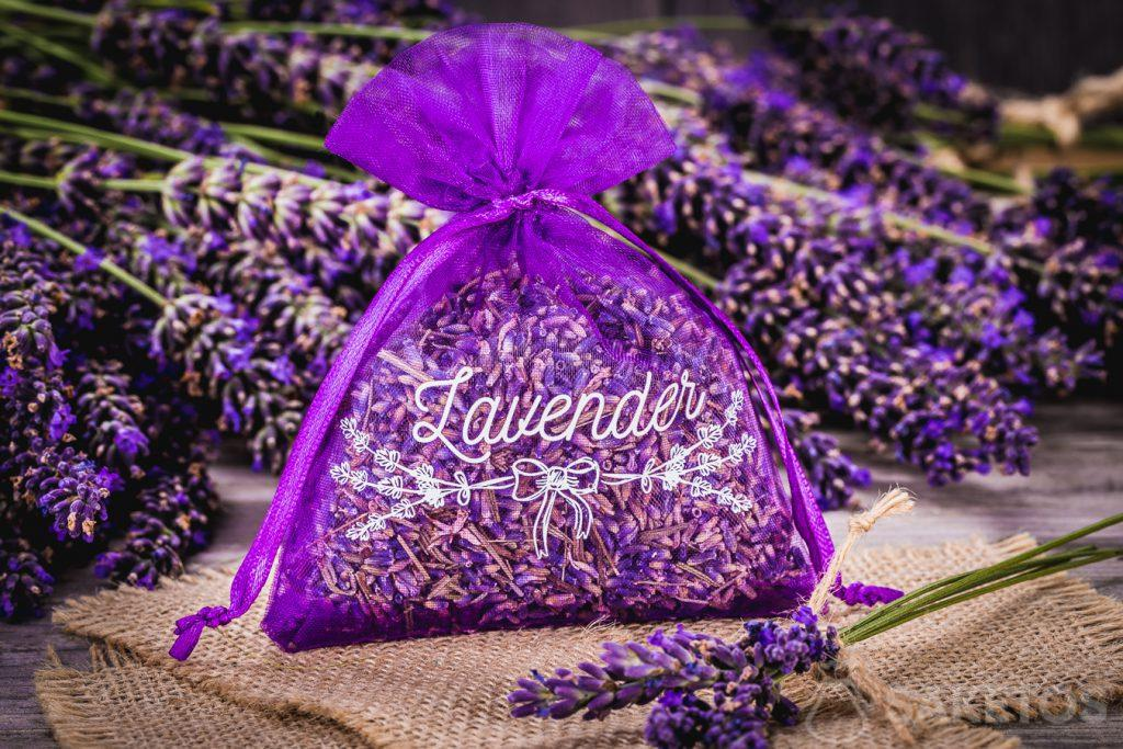 5.Organzabeutel mit getrocknetem Lavendel