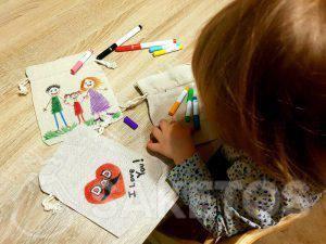 10. Kreativer Spaß für Kinder - Leinenbeutel anmalen